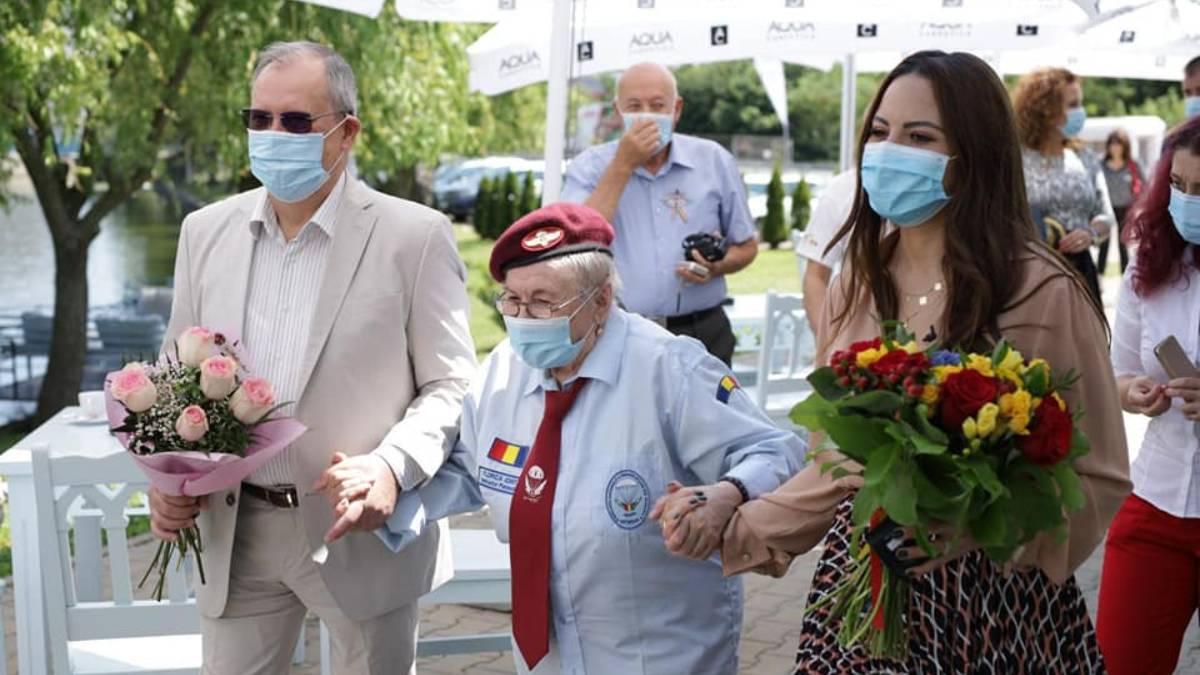 Sărbătorim excelența – Florica Ioniță 90 de ani – aviator, parașutist, controlor de zbor