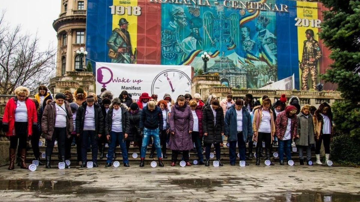 Flash mob: STOP VIOLENȚEI ÎMPOTRIVA FEMEII!